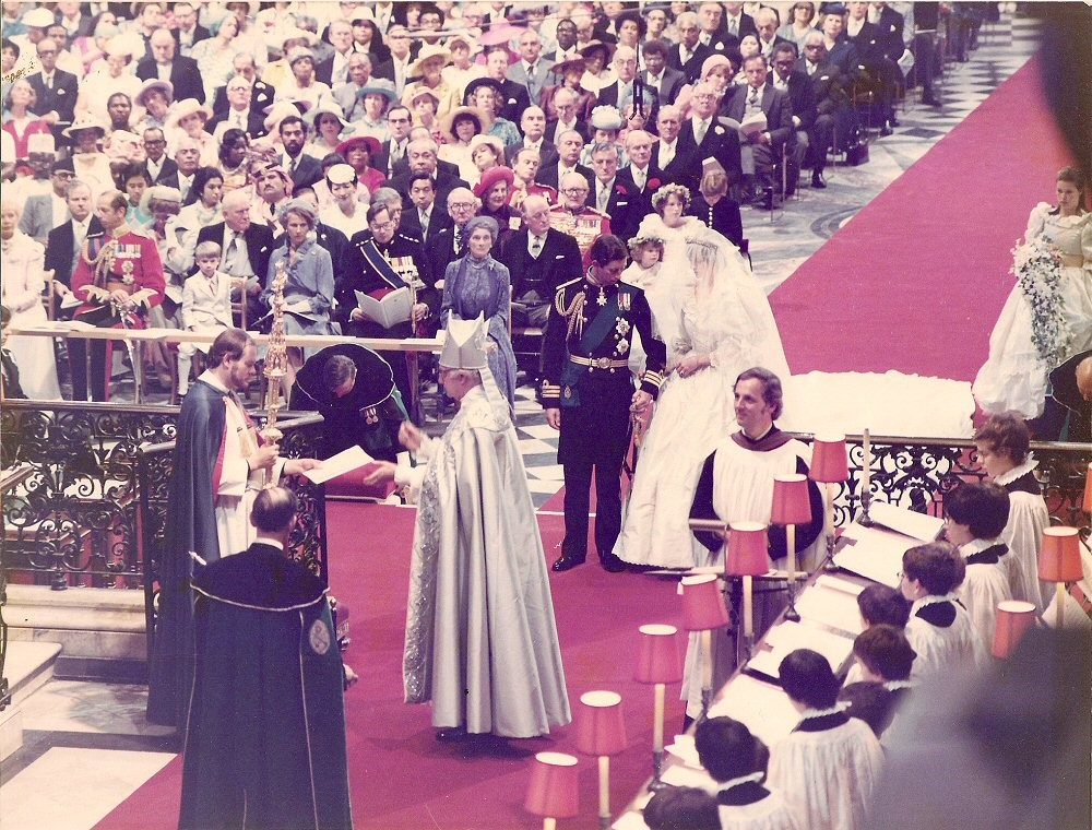 Charles and Dianas wedding ceremony in 1981 inside St Pauls Cathedral