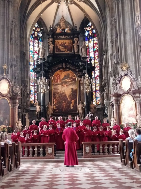 Truro Cathedral Choir singing in St Stephen's Cathedral in Vienna